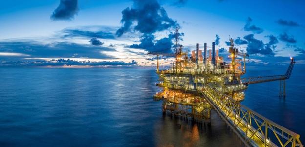 как особенность нефти влияют на валютные курсы