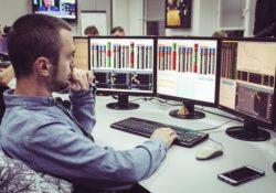 На данный момент одной из самых престижных и высокооплачиваемых профессий считается криптовалютный трейдер.